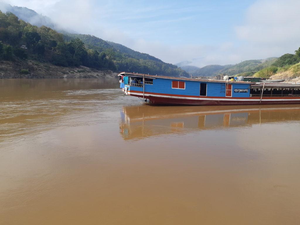 slowboat luang prabang